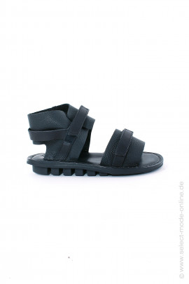 Sandals made of soft leather - black