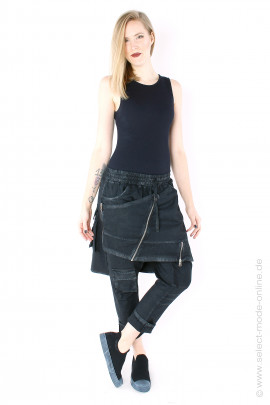 Pants with overskirt- black