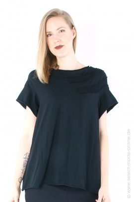 T-Shirt with knit details - black